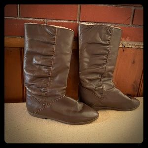 BASS Chocolate brown leather boots 9M ladies/women